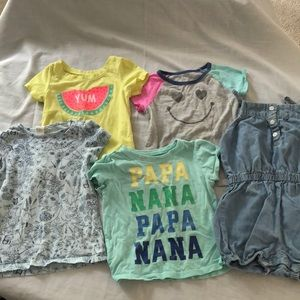 💖5/$25 bundle of girl's 18 mos playclothes